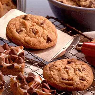 Mom's Classic Chocolate Chip Cookies Recipe