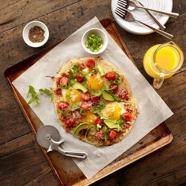 BLT Breakfast Pizza
