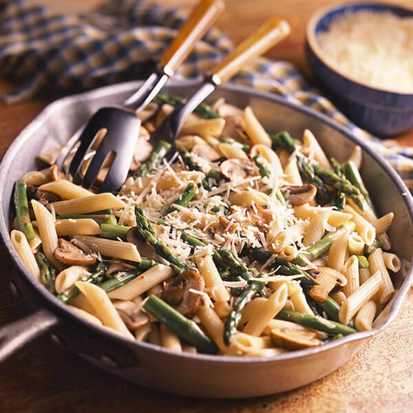 Asparagus & Penne with Garlic Butter Sauce Image