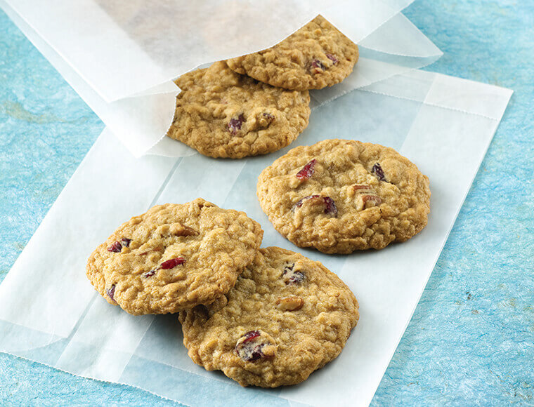 Best Ever Oatmeal Cookies Recipe Land O Lakes