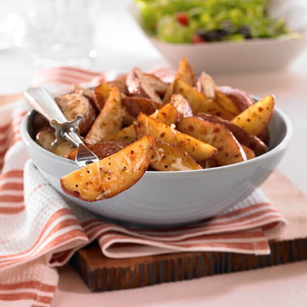 Garlic Roasted Potato Wedges