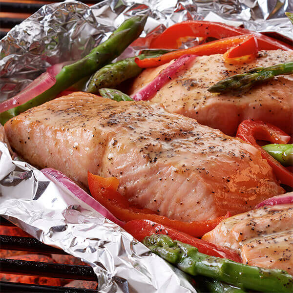 Grilled Salmon & Asparagus Packets Image