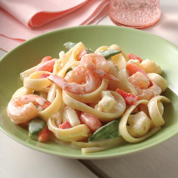 Shrimp & Vegetable Fettuccine Alfredo Image